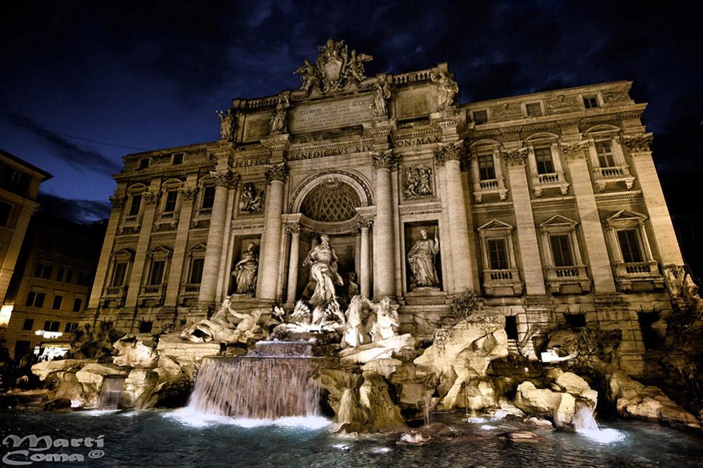"""Fontana di Trevi"""